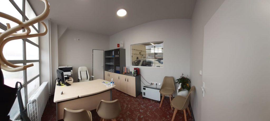 Kancelář lakovny 2
